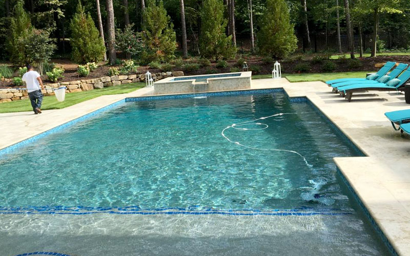 Pool Maintenance Tips: How to Clean a Pool